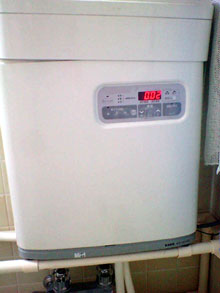 24時間循環風呂装置の本体の写真
