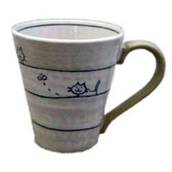 画像1: マグカップ 遊び猫(青)[瀬戸焼]