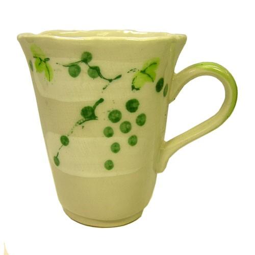 マグカップ 山ぶどう(緑) 正面