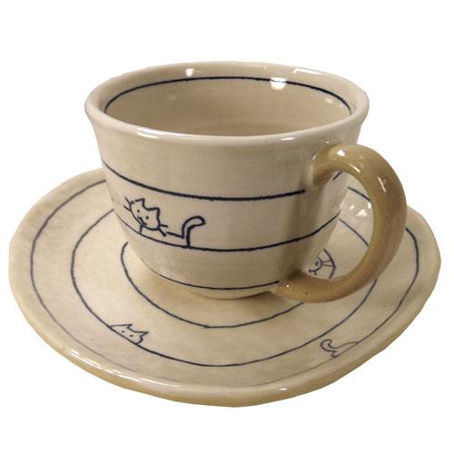 遊び猫 コーヒー碗皿(青) 別角度