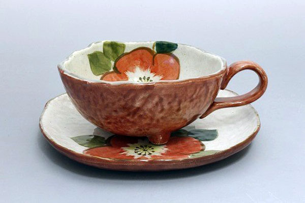 カップ&ソーサー コーヒー碗皿 色釉赤花 正面