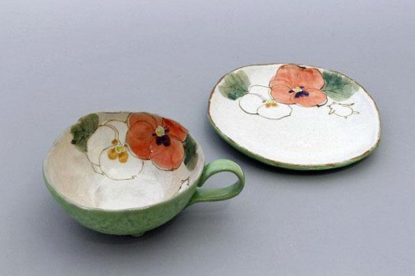 カップ&ソーサー コーヒー碗皿 花花兎(緑) 皿と椀