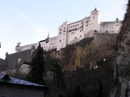 ホーエンザルツブルク城はザルツブルグを象徴する建物