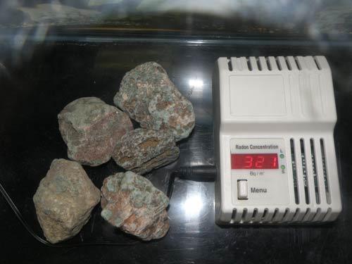 ラドン温浴器 957のラドン測定